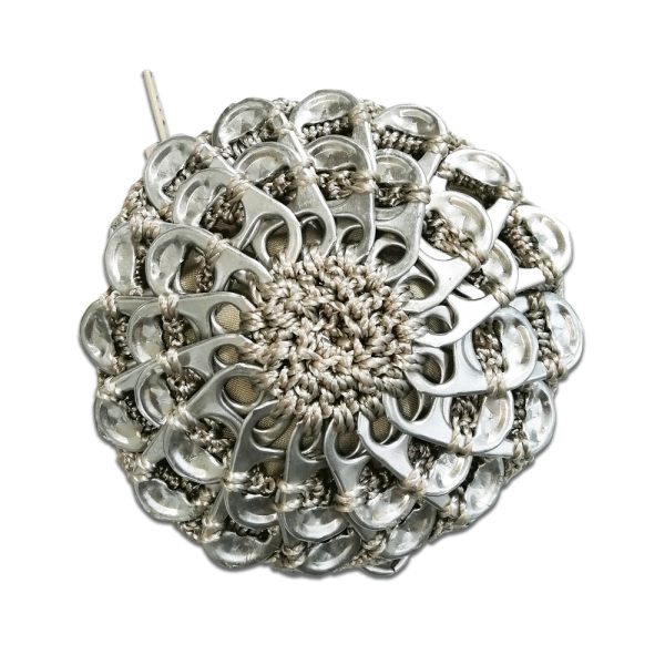 Porte Monnaie en capsules de canette, tissu gris, accessoire écologique, modèle quadra